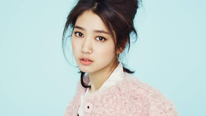 Park Shin Hye muestra su lealtad a ex director haciendo un cameo en web drama