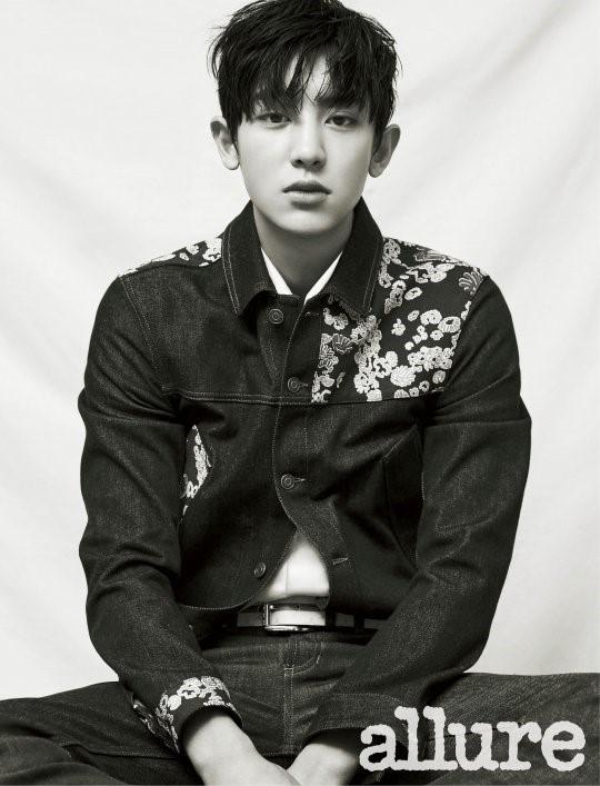 Chanyeol de EXO cautiva con su mirada en un nuevo reportaje fotográfico