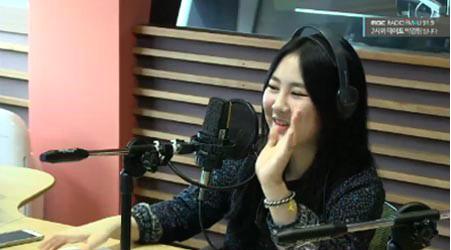 La cantante Park Ji Min escoge quién cree que es la persona más creativa