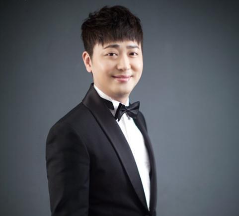 El cantante Park Hyun Bin se lesiona en accidente de auto