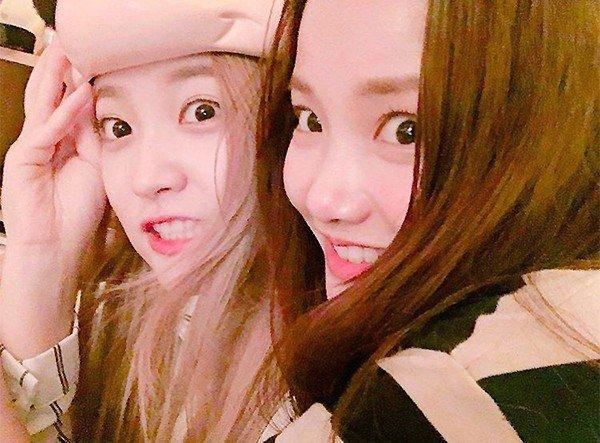 Yuri de Red Velvet y Ha Yeon Soo son una adorables gemelas