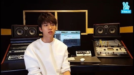 """Woohyun de INFINITE habla sobre su álbum debut en solitario + Tema principal """"Nodding"""""""