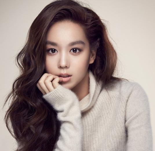 Se anuncia que la actriz Kim Hee Jung es la última incorporación de YG Entertainment