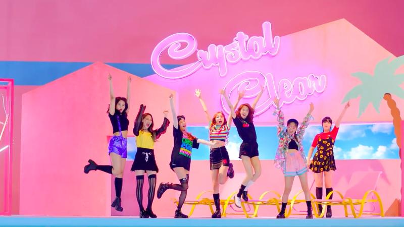 """CLC regresa con su video musical """"No Oh Oh"""""""