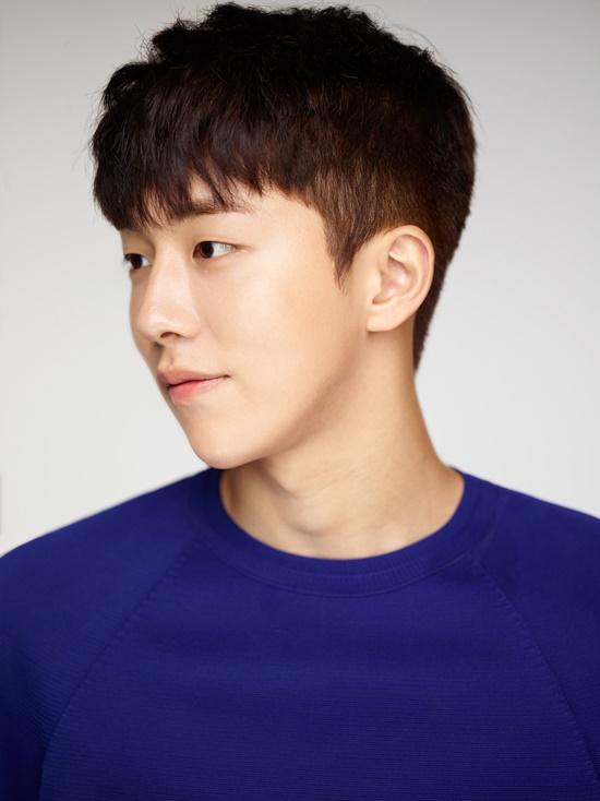 "Nam Joo Hyuk se une a Cha Seung Won y Son Ho Jun en el programa de variedades de ""Three Meals A Day"""
