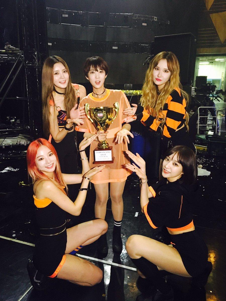 """EXID se lleva su 1era victoria con """"L.I.E"""" en """"Show Champion"""", presentaciones de SS301, Luna, U-KISS y más"""