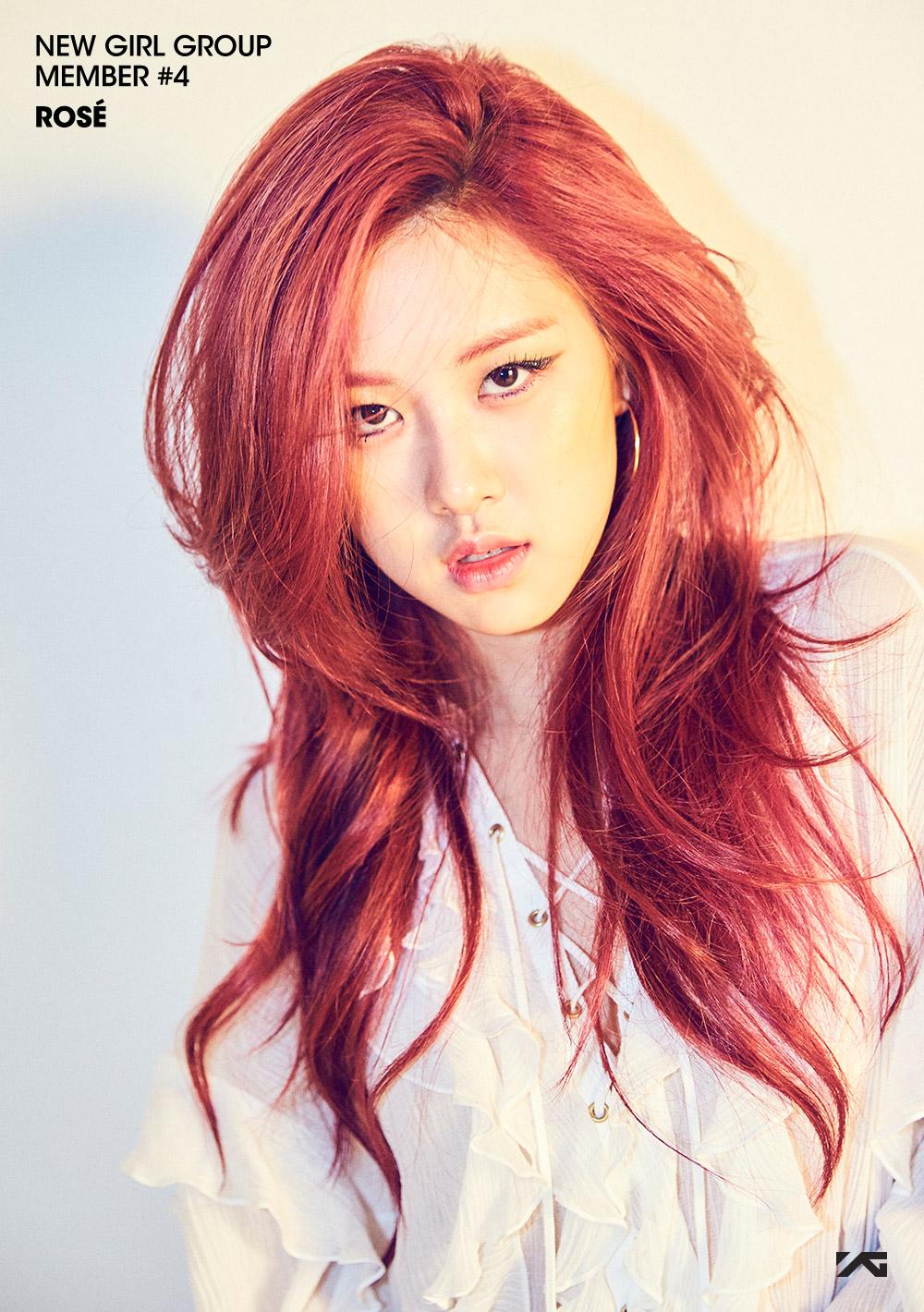 YG revela teasers para Rosé, nueva miembro de su grupo femenino