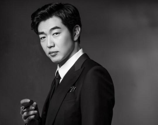 Lee Jong Hyuk habla sobre variety shows y enseñar a sus hijos a través de actuaciones
