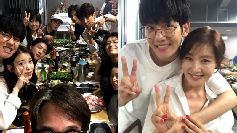"""Baekhyun, IU, Lee Joon Gi, Ji Soo y más celebran en fotos de la fiesta de despedida de """"Scarlet Heart: Goryeo"""""""