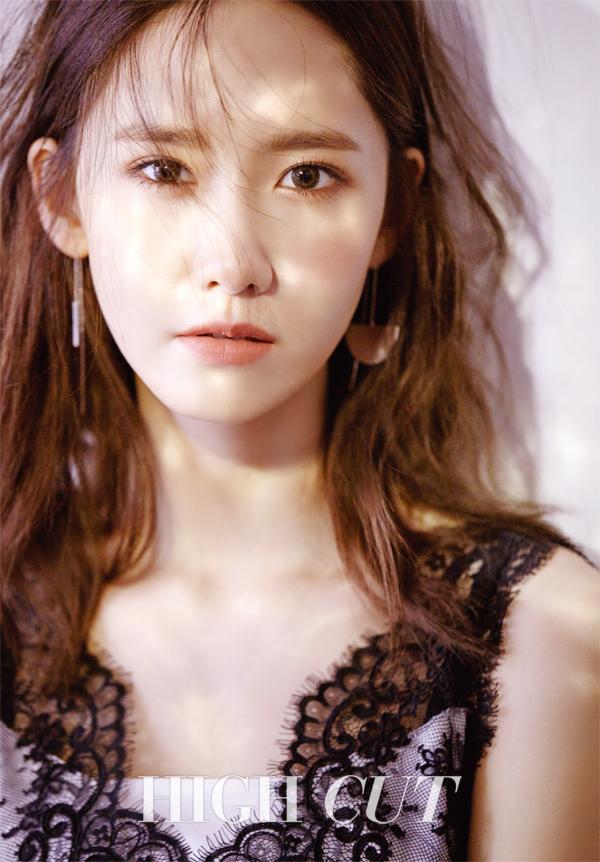 """YoonA de Girls' Generation habla de su popularidad en China en la revista """"High Cut"""""""