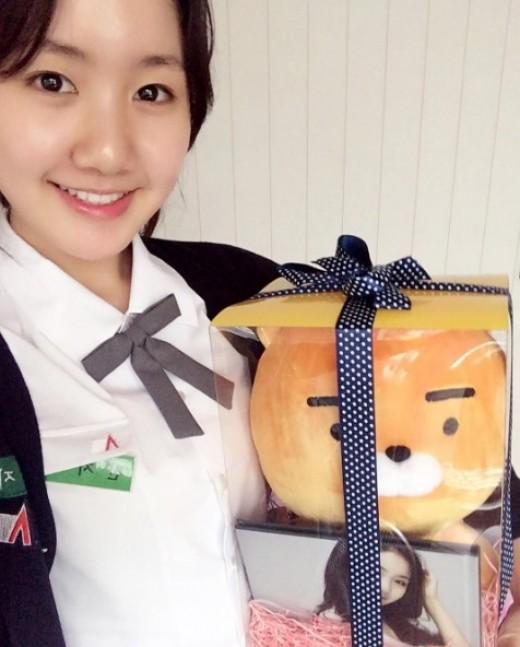 Jin Ji Hee celebra el décimo tercer aniversario desde su debut