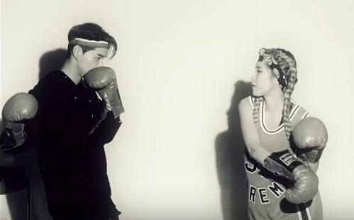 """Heize lanza MV para """"And July"""" con la colaboración de DEAN y DJ Friz"""