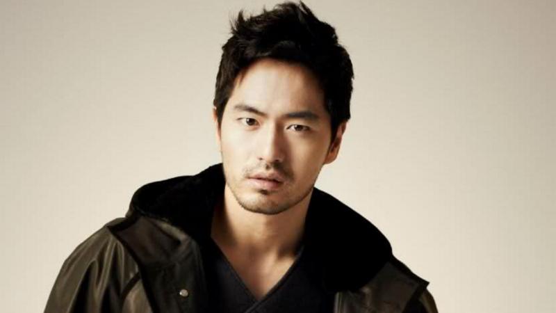 Lee Jin Wook es prohibido de viajar, agencia expresa su frustración y sospechas acerca de la acusadora