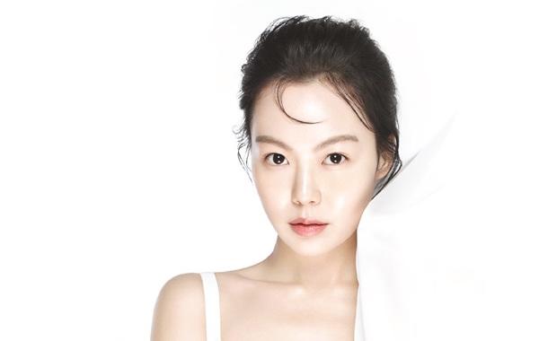 Kim Min Hee es multada por compañía de cosméticos tras escándalo