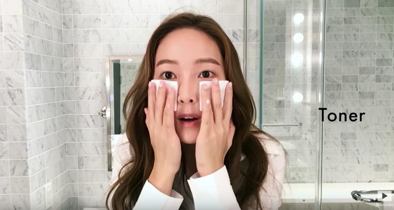 """Jessica comparte 16 consejos de belleza con """"Vogue America"""""""