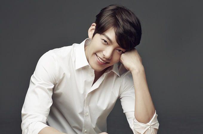 """Kim Woo Bin expresa su preocupación sobre decepcionar a los fans con """"Uncontrollably Fond"""""""