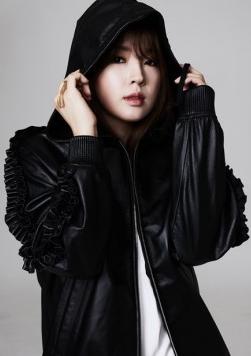 Ex-integrante de 4Minute, Jiyoon, revela nuevas fotos como artista solista