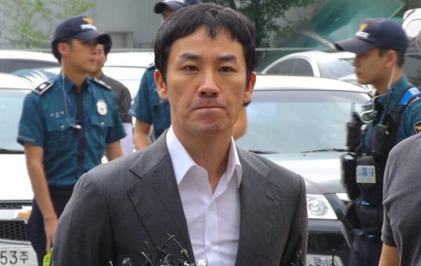 Uhm Tae Woong y la demandante realizan diferentes testimonios durante la investigación del supuesto asalto sexual