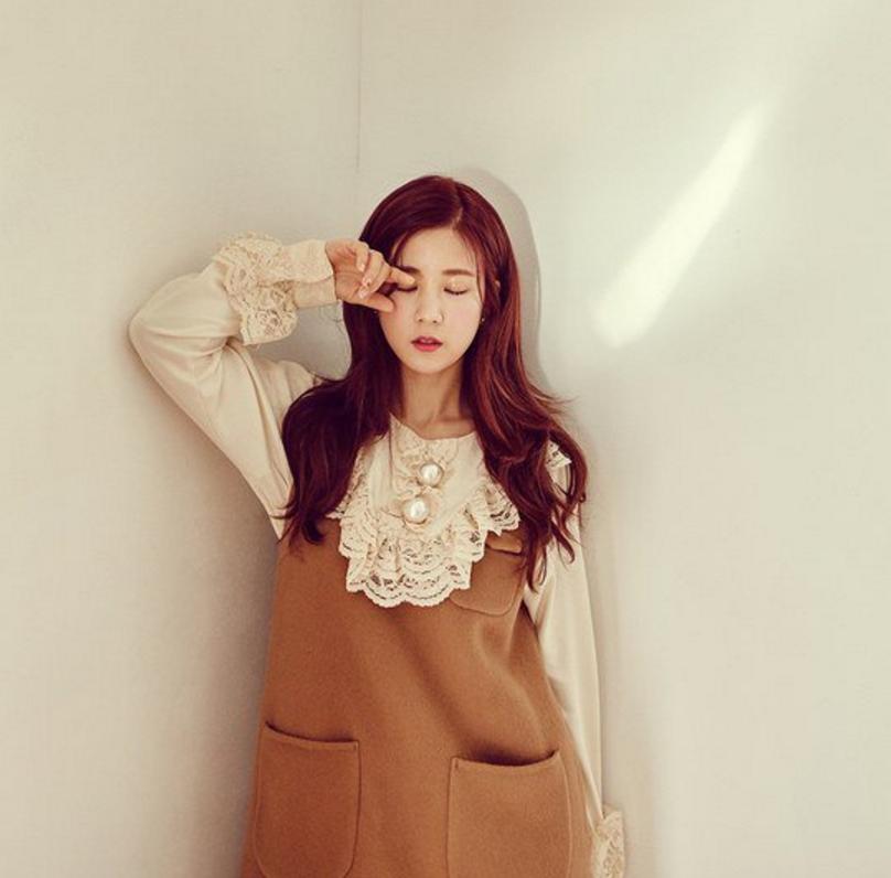 Chorong de A Pink luce inocente y soñadora para los teasers de su regreso