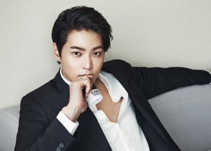 Joo Won cancela su alistamiento en la unidad promocional de la policía para servir como soldado en servicio activo