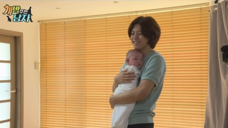 Dongho revela que tuvo que acudir a un psiquiatra durante sus años como idol