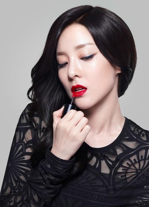 11 tutoriales de maquillaje hechos por ídolos del K-Pop
