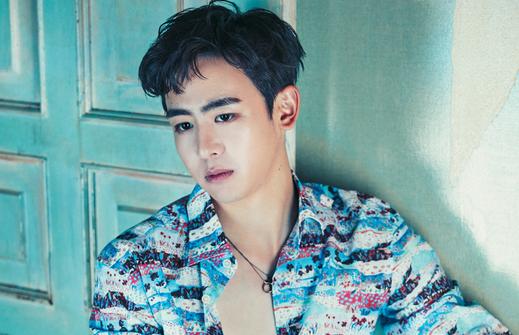 Nichkhun de 2PM dice que se niega a presentarle a su hermana al resto de miembros