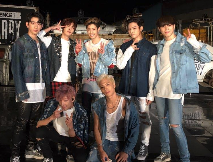 GOT7 llega a lo más alto de las listas mundiales de itunes con su nuevo álbum