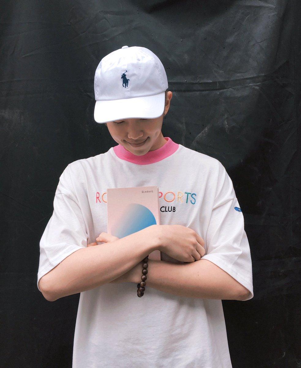 """Rap Monster de BTS muestra su cariño hacia la nueva colección de Tablo """"Blonote"""""""