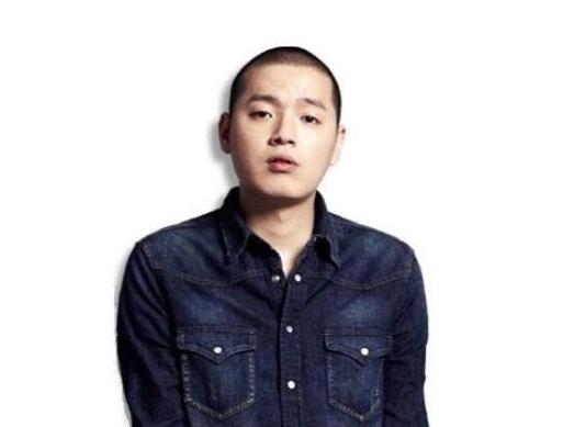 El rapero E-Sens es liberado de la prisión luego de su sentencia por uso de marihuana