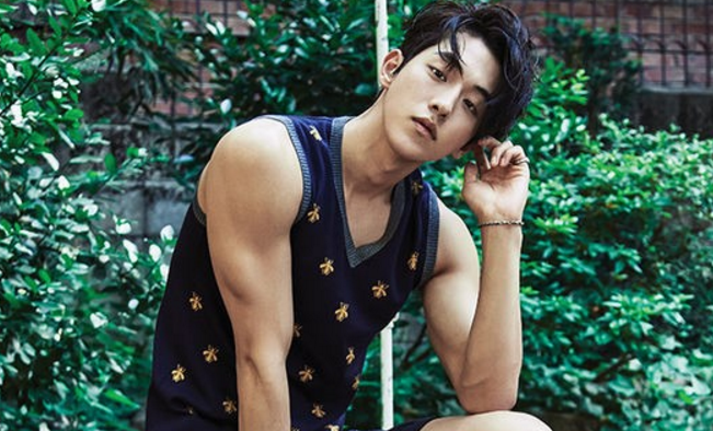 "Nam Joo Hyuk de ""Scarlet Heart: Goryeo"" luce elegante y juvenil para ""Le Coq Sportif"""
