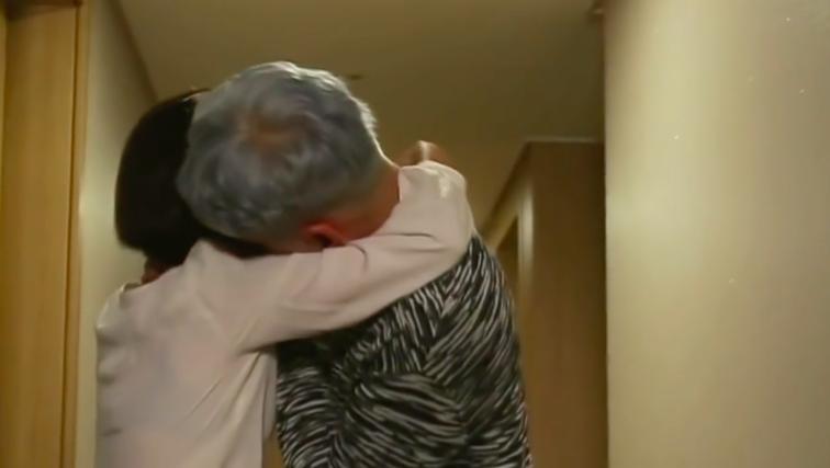 """¿Chansung de 2PM revela que no ha dejado de beber después de su escena de beso en """"SNL Korea""""?"""