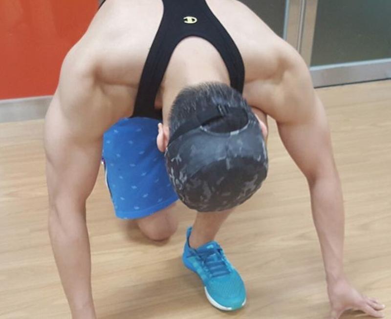 """Lee Joon muestra que ha recuperado los músculos que perdió para """"Lucky"""""""