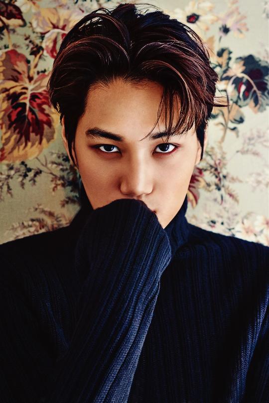 Kai de EXO muestra su lado seductor en reciente sesión fotográfica