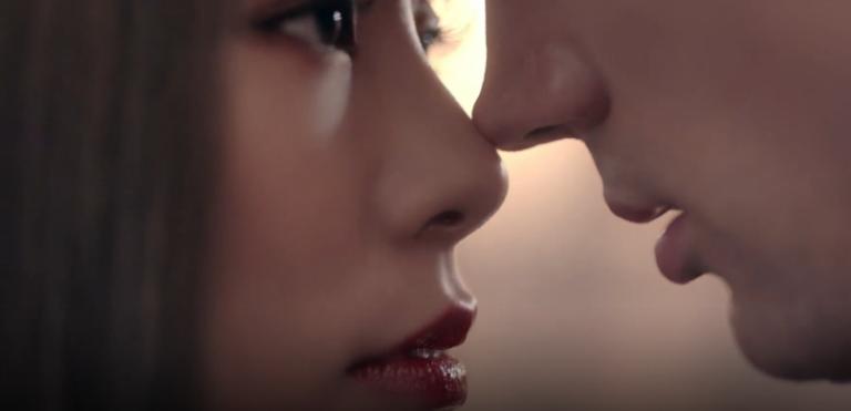 Wheein y Solar de MAMAMOO encantadoras y peligrosas en nuevo teaser vídeo