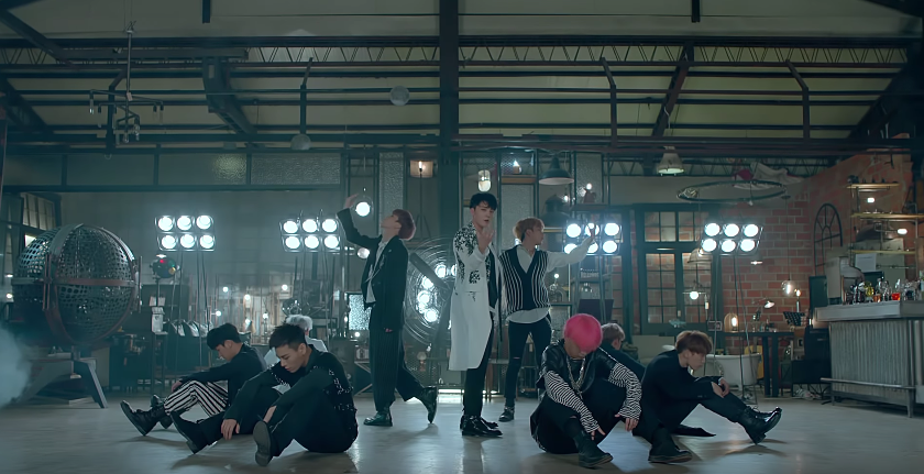 "Topp Dogg recuerda un amor pasado en video musical para ""Rainy Day"""
