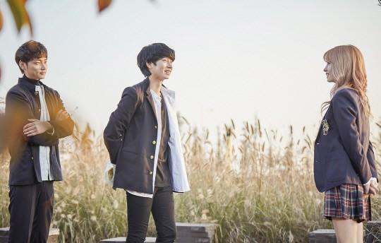 Kim Heechul y Min Kyung Hoon lanzarán video musical con Momo de TWICE