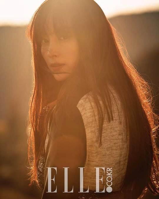 Lee Na Young aparece en la portada ELLE + Lo recaudado será donado a personas mayores sin ingresos