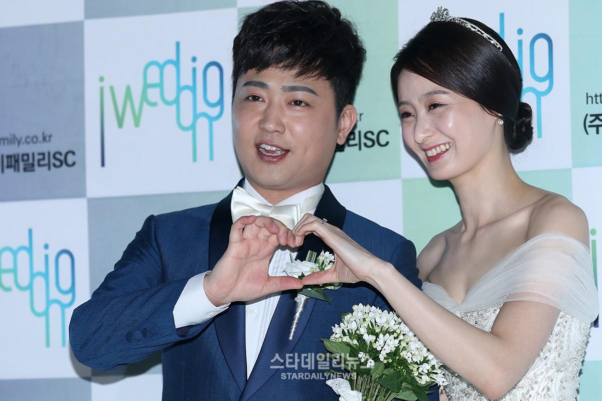 El cantante de trot Park Hyun Bin se convierte en padre