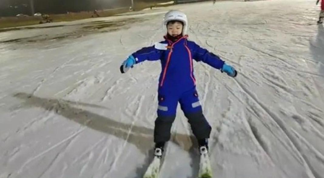 Manse domina las pistas de esquí en nuevo video publicado por Song Il Gook