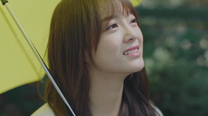 """Kim Sejeong arrasa con las listas musicales en tiempo real con """"Flower Road"""" producida por Zico"""