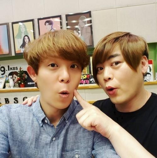 Ex miembros de H.O.T responden a la noticia del próximo matrimonio de Moon Hee Jun