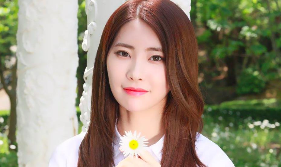 Huihyeon de DIA actualiza su estado de salud a sus fans después de caer del escenario