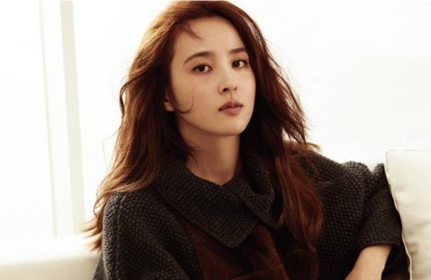La actriz Han Hye Jin habla sobre su trauma con los acosadores