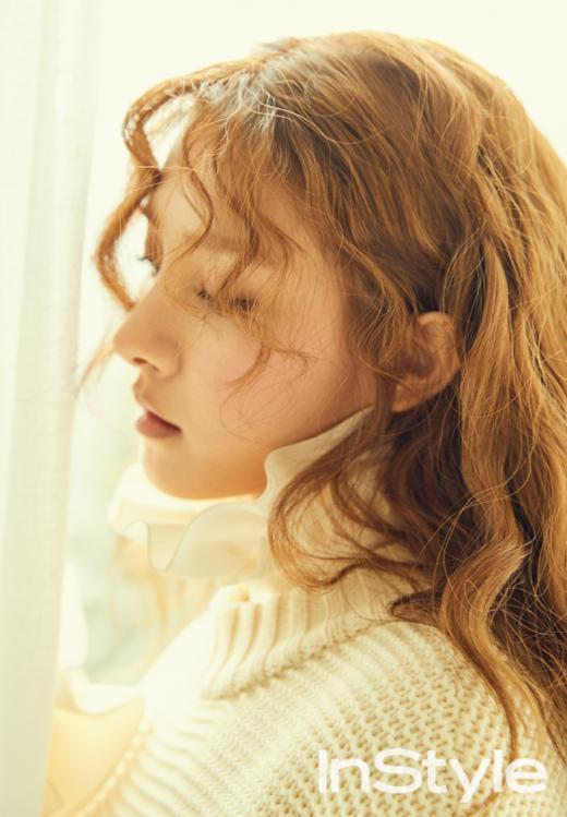 Kim So Eun revela que ya no le teme a la cámara en entrevista con InStyle