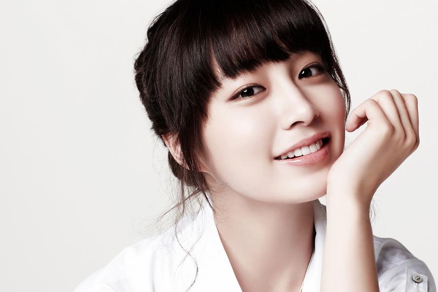Lee Min Jung en conversaciones para regresar a la pantalla grande