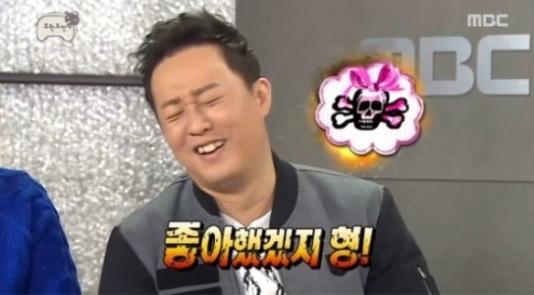 """El elenco de """"Infinite Challenge"""" fastidia en broma a Jung Joon Ha por no recibir el Gran Premio de Excelencia"""