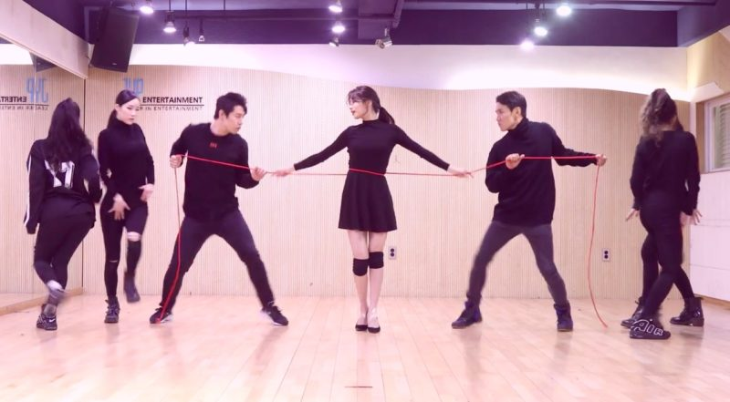 "Suzy comparte video de práctica de baile para ""Yes No Maybe"""