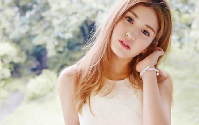 Jeon Somi abre página web oficial seguido de la separación de I.O.I