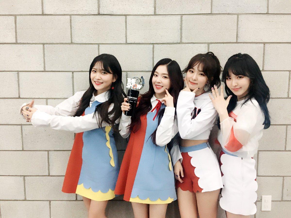 """Red Velvet obtiene primera victoria con """"Rookie"""" en """"The Show"""" – Presentaciones de Niel, APRIL y más"""